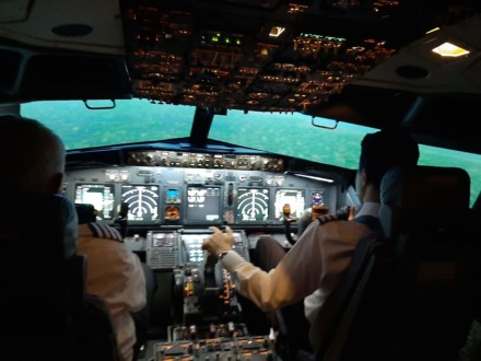 No Experience Boeing 737 Instructor Flight Simulator Course